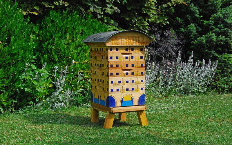 zyplox-ruche-jardin-1